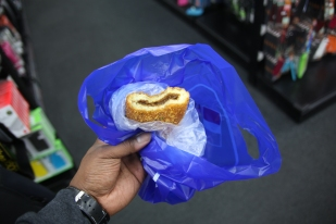 Curry donut.